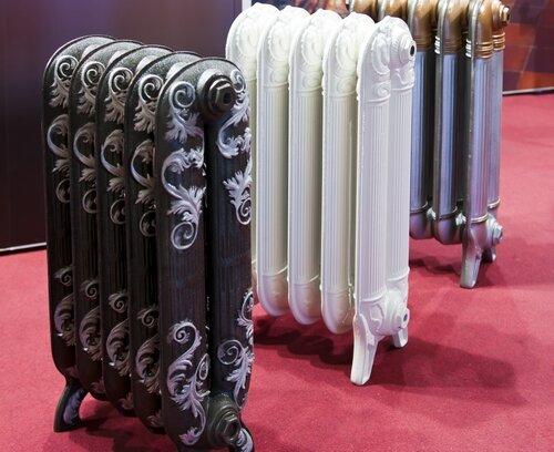Различные дизайнерские решения оформления чугунных радиаторов