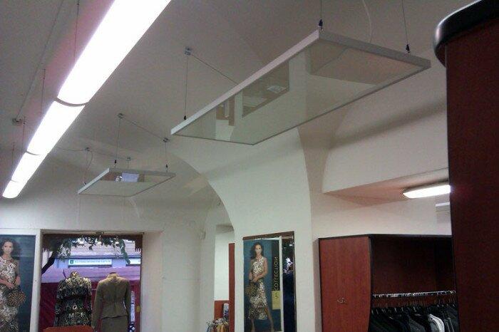 Пример исполнения потолочных навесных тепловых панелей